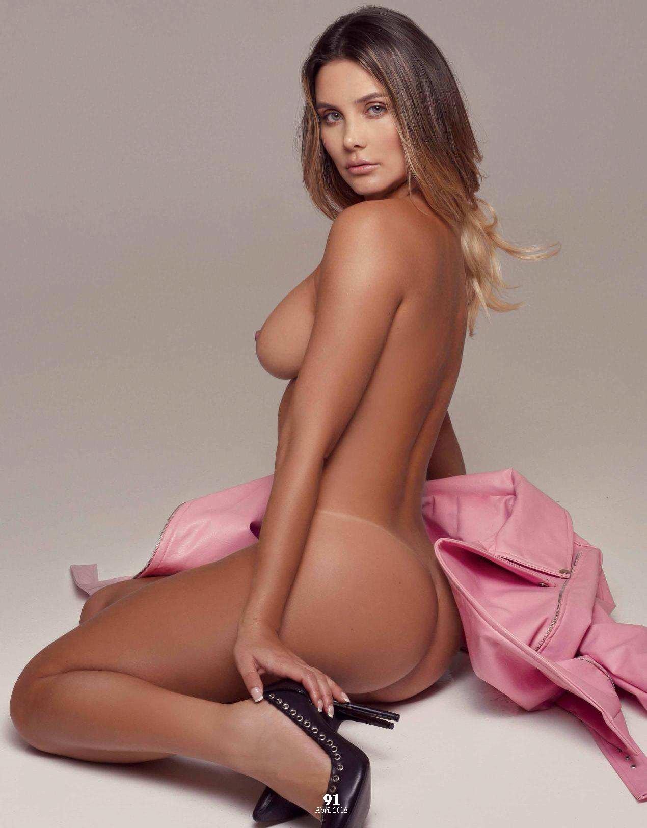 """FOTOS: Karolina Ramírez, elegida como la más """"sexy"""" de Instagram, se desnudó en Playboy Mexico 10"""