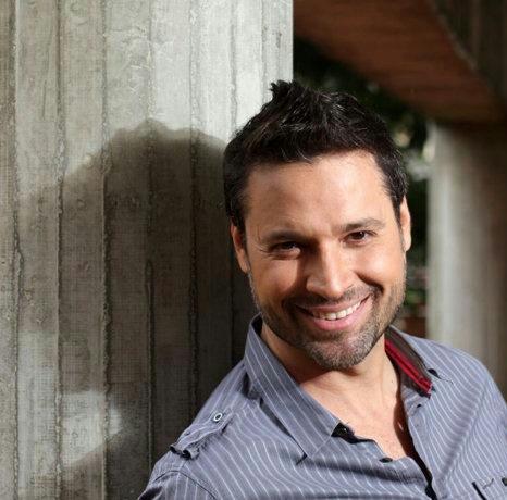 Ricardo Álamo está ganando 300 mil bolívares en VV, y se convirtió en el actor mejor pagado de Venezuela.