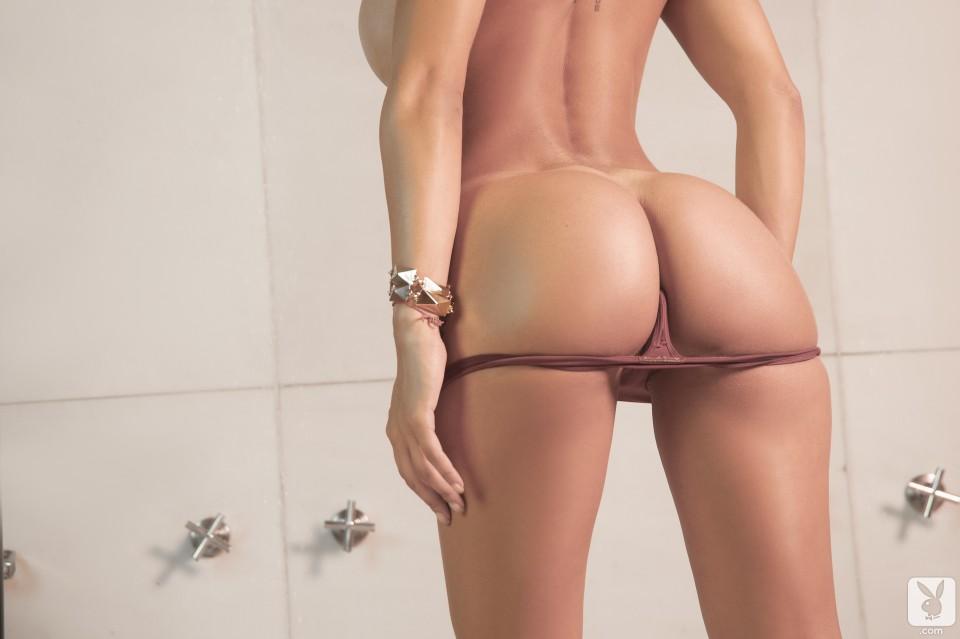 Голые телки в стрингах фото 87471 фотография