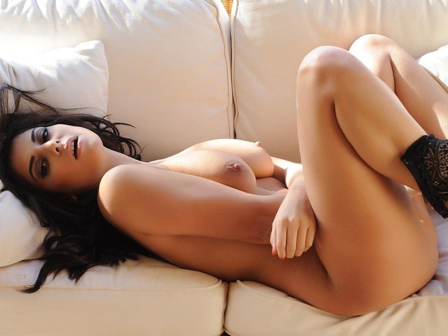 голая шарлотта спрингер фото пизды