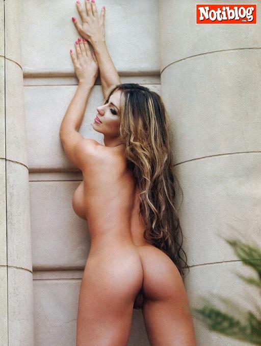 Pinky la estrella porno desnuda