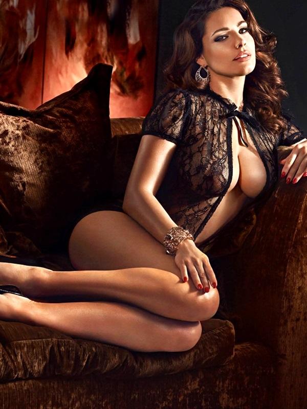 Kelly Brook Se Desnudò En Su Calendario 2014 Fotos Adelanto