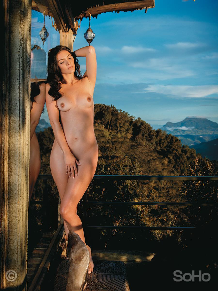 sitio primera vez escolta desnudo