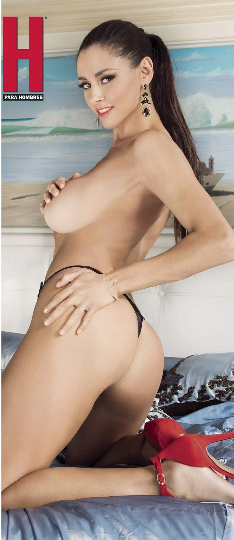 Dorismar desnuda