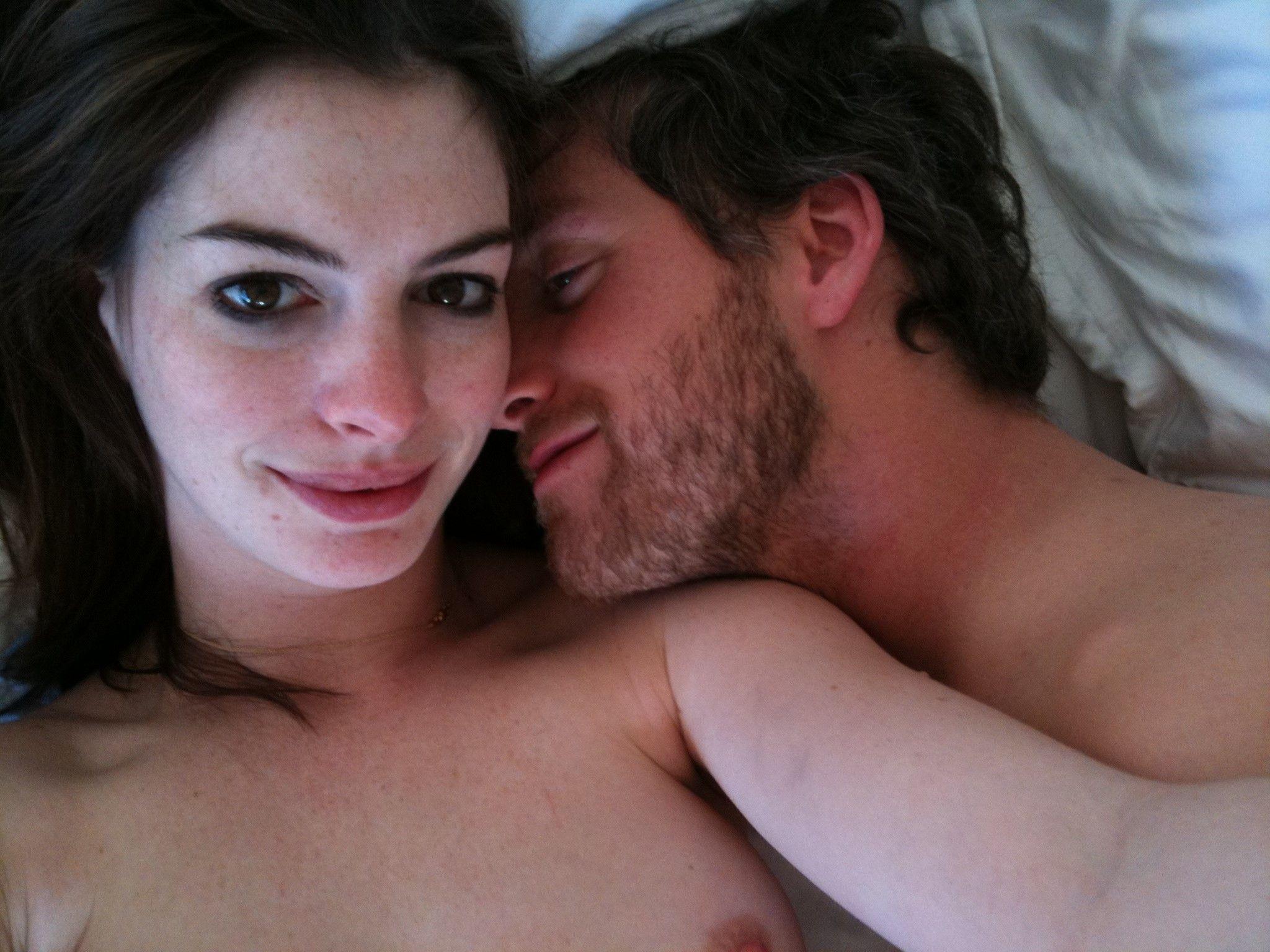 Fotos de Anne Hathaway desnuda sin censura, filtradas por hackers 9