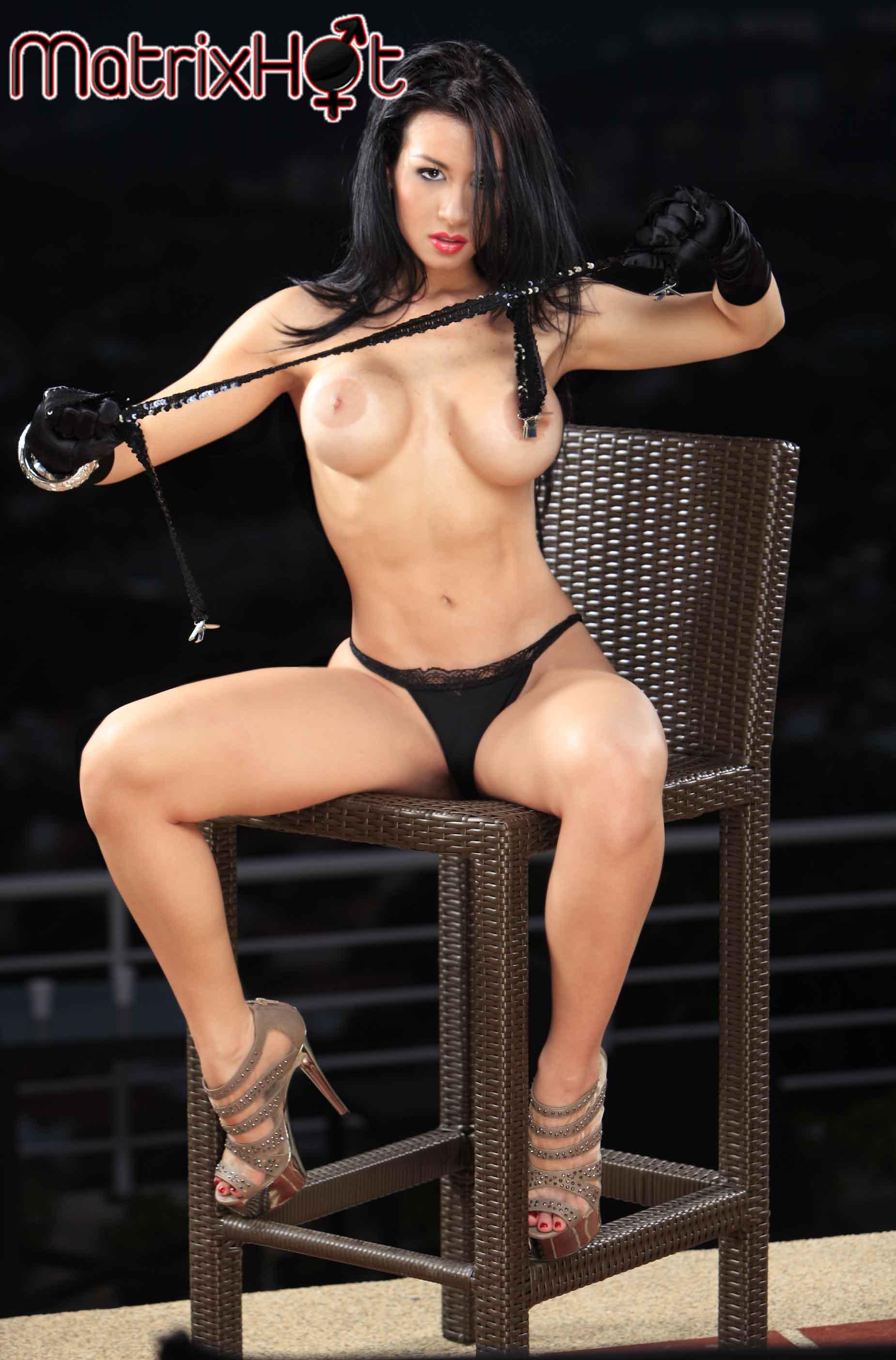 Girls flashing big naked tits gifs