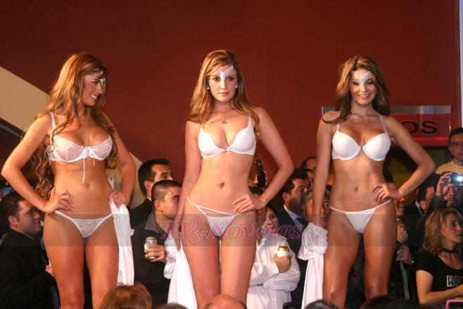 Espectaculares modelos colombianas desfilan en ropa for Famosos en ropa interior