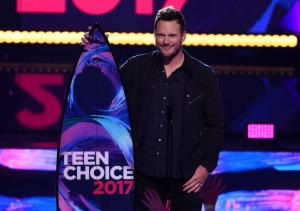 Premian a superhéroes en los Teen Choice Awards