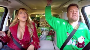'Carpool Karaoke': Mariah Carey y su escote alegran la Navidad (+Video)