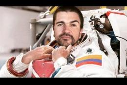 Juanes anuncia que ¡sus nuevos planes vienen de Marte!