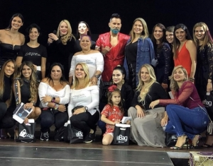 Con ''Little Black Dress Project'' se presentó la quinta edición de Encuentro Glam Platinum