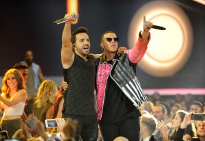 La locura que generó ''Despacito'' en los premios Billboard 2017 (+Video)