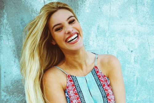 LA VENEZOLANA LELE PONS ANFITRIONA DE LOS TEEN CHOICE AWARDS.